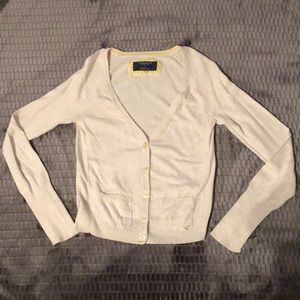 Cream colored American Eagle cardigan size small
